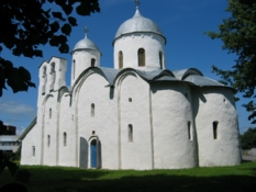 Photos of chapels in Pskov city